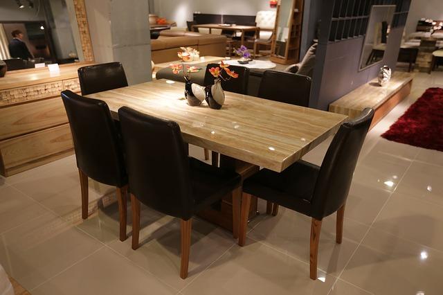 jídelní stůl, židle