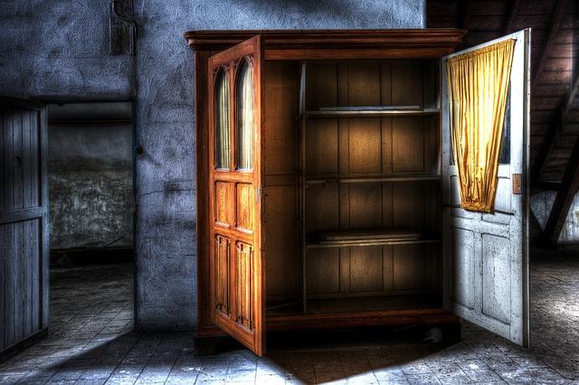retro skříň